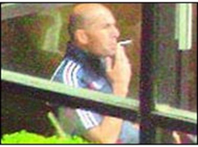 Zidane'ın keyif sigarası